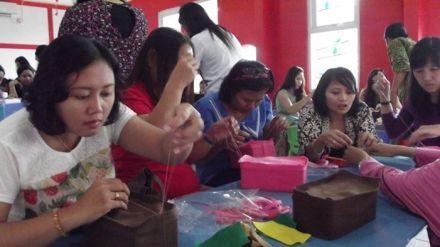 Pelatihan Kerajinan Flanel RumahBalqis (24)